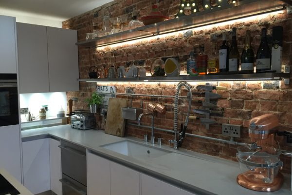 london-kitchen-designer-bespoke-kitchen-design-london-e14-1